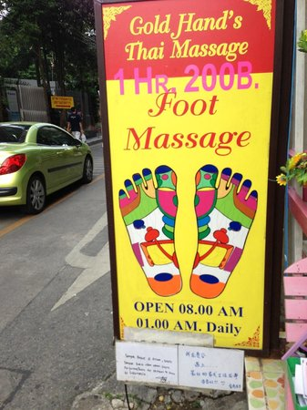 Jim-Thompson-Haus: Very good massage palor on the same street as the museum.