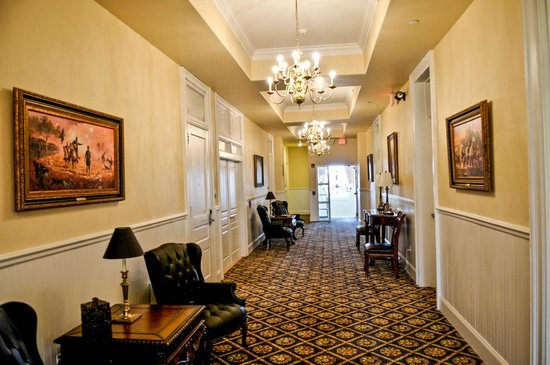 Federal Pointe Inn, an Ascend Hotel Collection Member: Hallway, photo by Mike Keenan3
