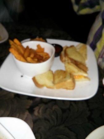 MarinaSide Grill