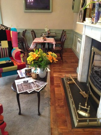 The Bell & Pot: Seating Area
