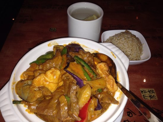 Yuan Asian Cuisine: Beef curry w/rice