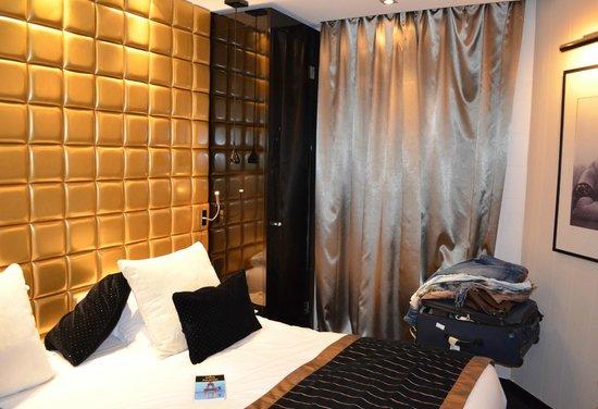 Platine Hotel : La Camera