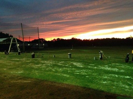 Ace Golf Ranges: Lower tee line at night