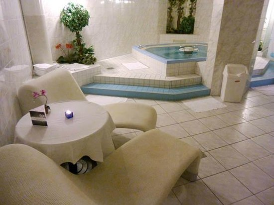 Grand Hotel Les Endroits: Spa