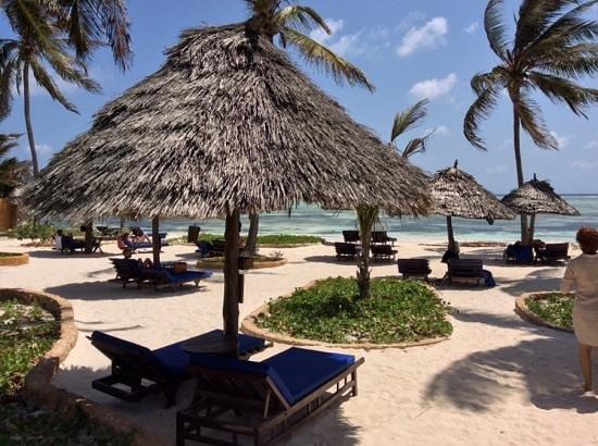 Breezes Beach Club & Spa, Zanzibar: plage