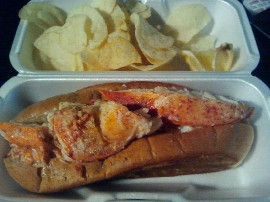 Lobster ME: Wonderful Lobster Rolls