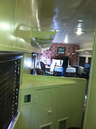 Chattanooga Choo Choo: Looking into train room from entry