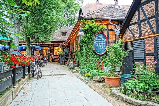 Landgasthof Rote Mühle: Ingresso al ristorante