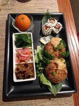 Amimoto Japanese Restaurant : Crab Cakes