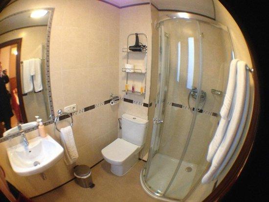 Hostal / Pension Rodri: Salle de bain - 1e etage