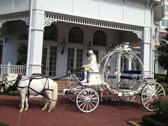 Disney's Grand Floridian Resort & Spa: Your carriage awaits!
