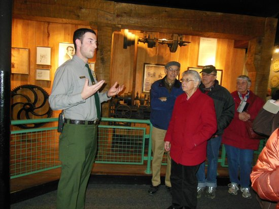 Lowell National Historical Park: A park ranger explains the process of making cotton cloth at the Boott Mill