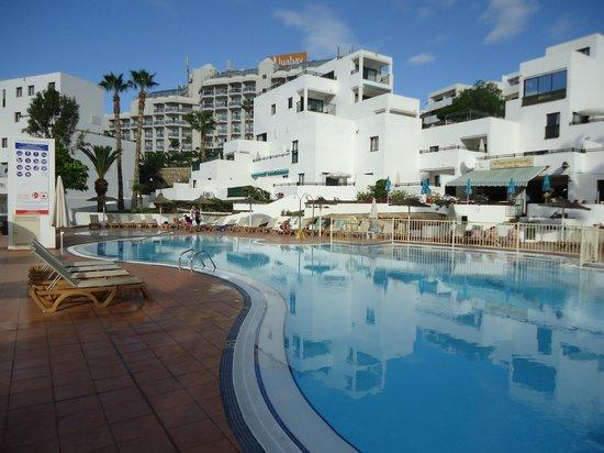 Sunset Bay Club : Pool area