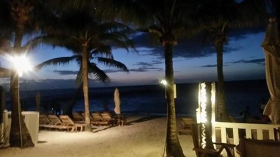 Infinity Bay Spa and Beach Resort : romantic
