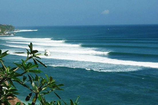 Padang-padang Inn: Out the back to the cliffs, overlooking Impossibles surf spot,