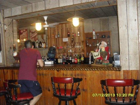 Hotel Tiuna: El bar del hotel