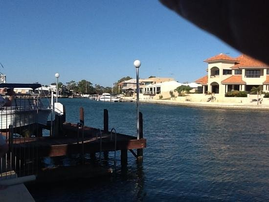 Port Mandurah Canals B&B: view from the balcony