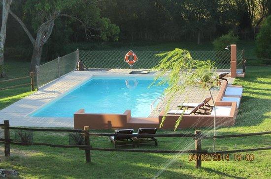 Hosteria y Casas de Campo Chacra Bliss: vista de la pileta