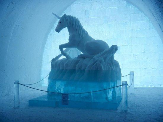 Icehotel: Unicorn sculpture