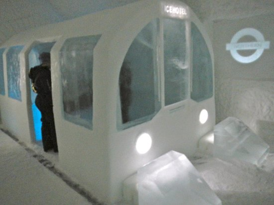"""Icehotel: """"Mind the Gap"""""""