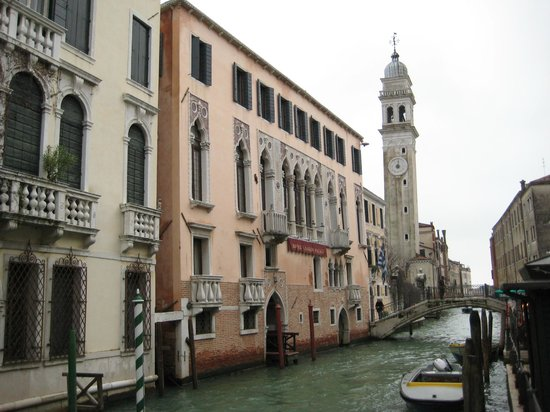 Liassidi Palace Hotel : Canal View