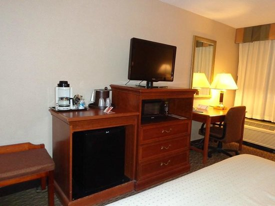Holiday Inn Rutland/Killington: tv