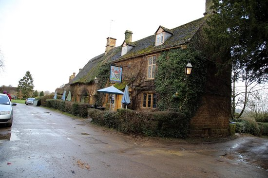 The Falkland Arms : Front.