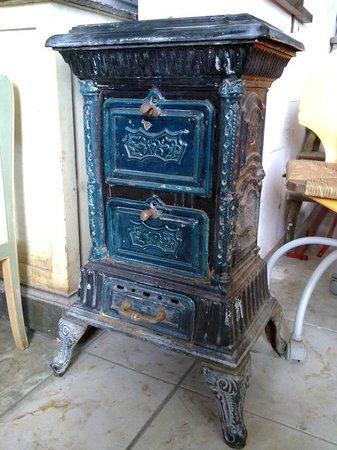 Stufa a legna foto di mercatino dell 39 usato di spello for Vendita cucine a legna usate