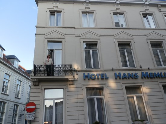 The Balcony - Hans Memling Hotel