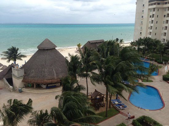 Casa Maya Cancun: View from the room tower 2
