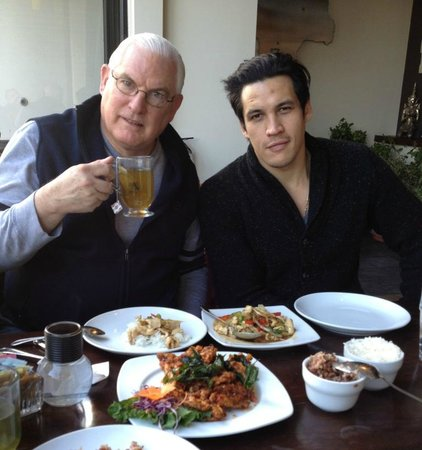 Bangkok 54 : Mike and his son Stephen (my dining companions)