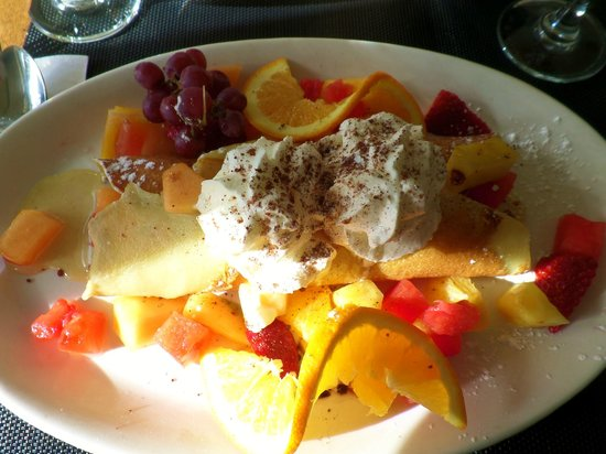 Restaurant 1640 : Crepe with fruit