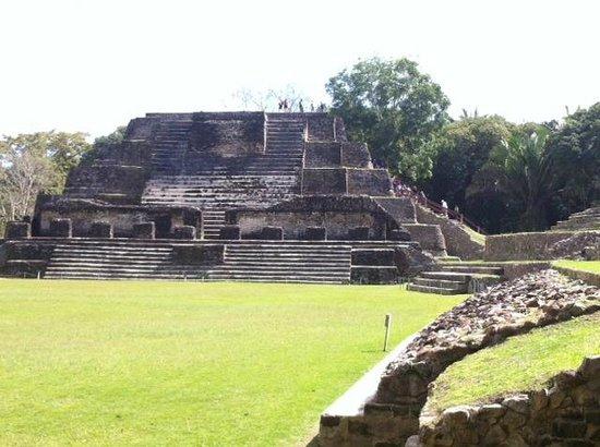 Maya-Ruinen von Altun Ha: Altun Ha Mayan Ruins, Belize