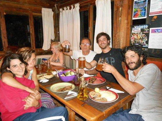 El Pueblito EcoHostel: Brindis con la mejor cerveza artesanal