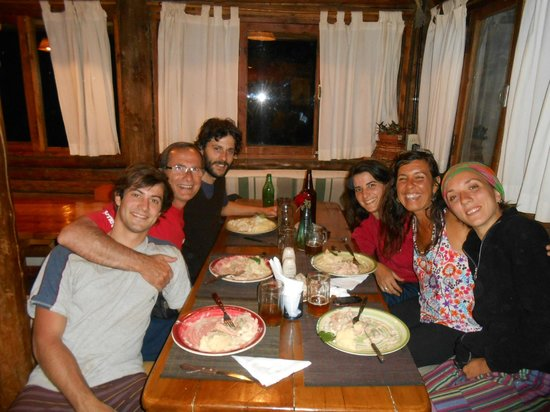 El Pueblito EcoHostel: Ultima noche y cena en el hostel