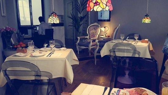 B&B Florence Chic: Breakfast/Reception