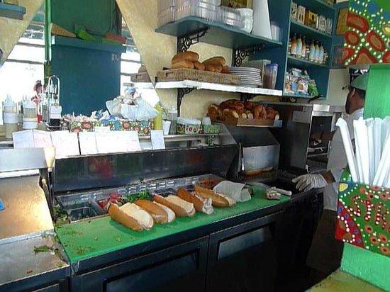 La Sandwicherie: Sandwich på gång.