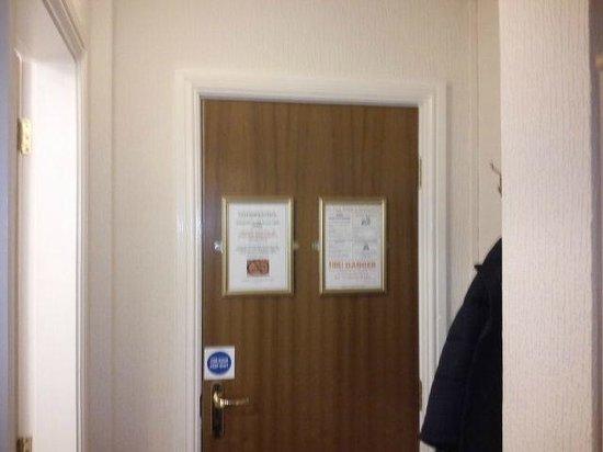 Belle View: Door
