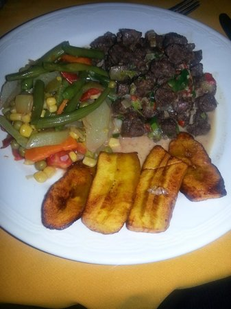 Negril Escape Resort & Spa: This was our dinner the first night. Vegetable mix, fried plantain, veggie soy chunks.