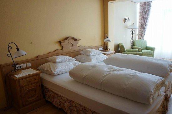 Hospiz Alm Residences: bedroom 1