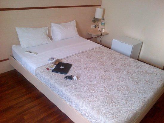Hotel de Federaciones Malabo: the room.