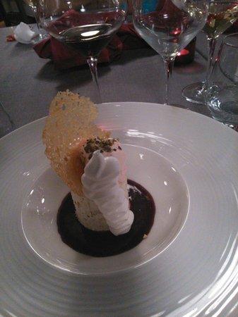 Le Hameau Gourmand: Un succulent nougat glacé!!!