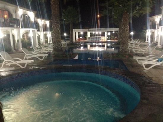 Hotel Serena Dream: vista de las piletas y jacuzzi