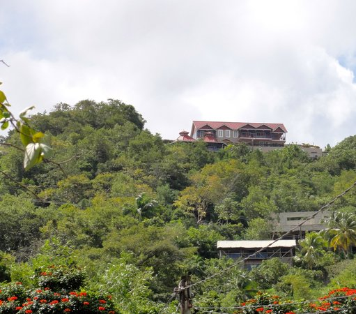 Chateau Mygo Villas: View of villas from the bay