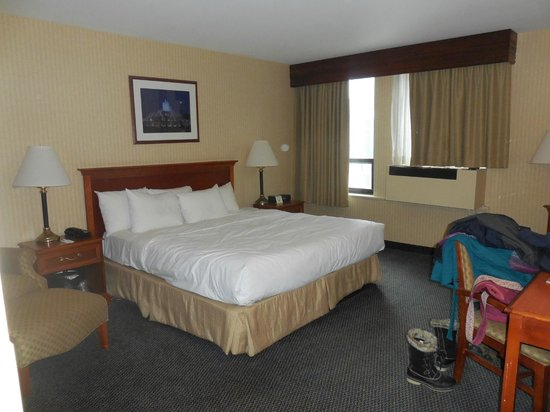 Inn of Chicago : traditional king room