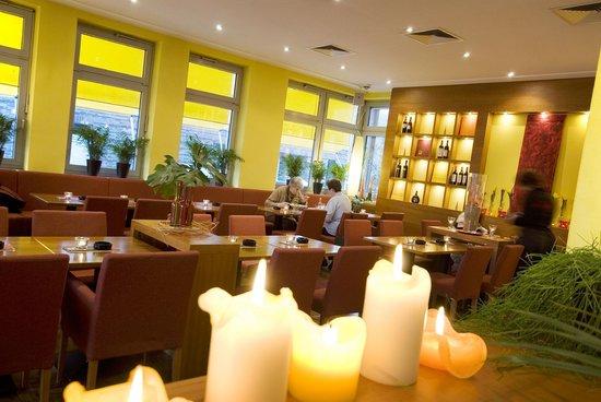 innenraum restaurant picture of sundays cafe bar restaurant rheine tripadvisor. Black Bedroom Furniture Sets. Home Design Ideas