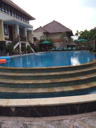 Desamuda Village: main pool