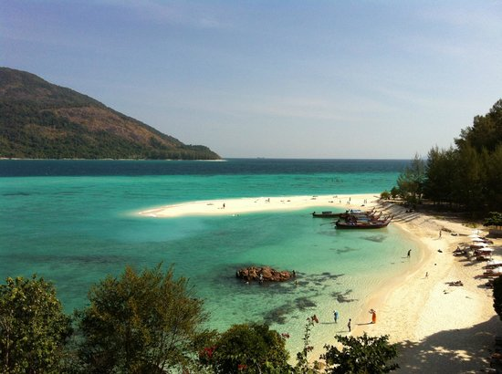 Sunrise Beach of Koh Lipe (90069288)