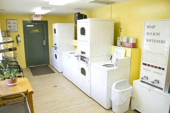 New Bern KOA: Laundry Room