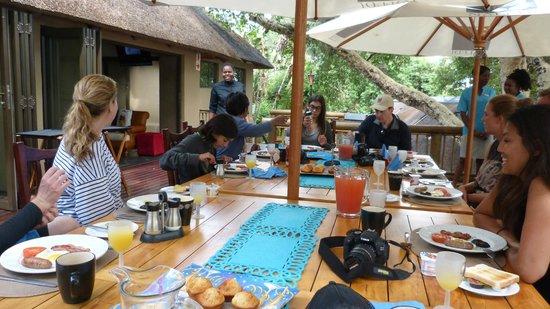 Naledi Bushcamp and Enkoveni Camp: Announcing the lunch menu.